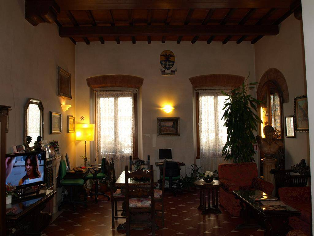 Hotel maxim florence review by eurocheapo for Maxim design hotel 3 star