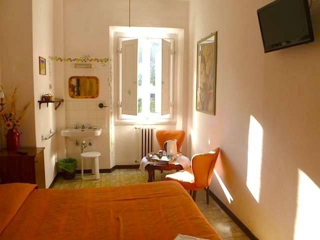 Hotel Dali Florence